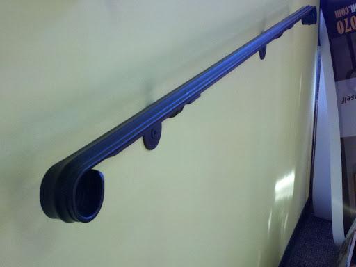 Iron Handrail With Brackets