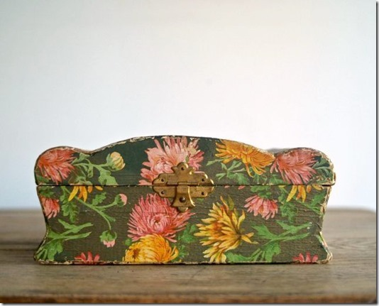 Victorian Flower Papered Dresser Keepsake Jewelry Box offered by Kathi Roussel at Etsy