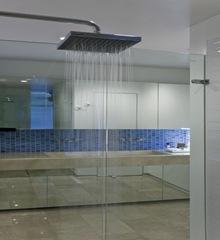 Baños-reformas-en-baños-duchas-de-diseño