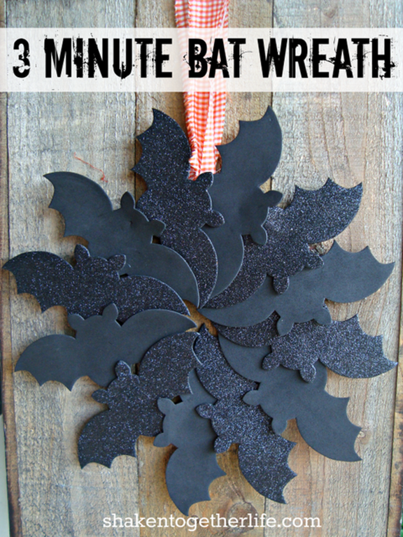 3 minute bat wreath BLOG