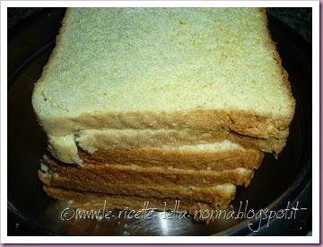 Polpette di pane vegetariane con salsa di panna alla salvia (1)