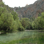 Monasterio de piedra - Lago del espejo