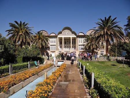 10. Gradina Eram din Shiraz.JPG