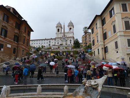 Obiective turistice Roma: scarile spaniole din Piazza di Spagna