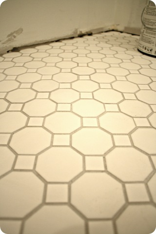 white tile gray grout