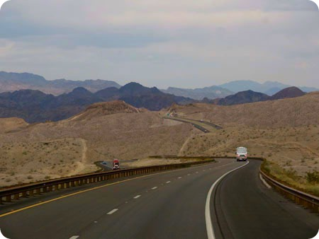 drive-to-boulder-city-4