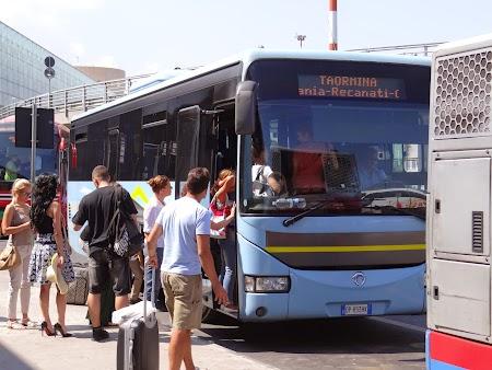 05. Autobuzul de Taormina.JPG