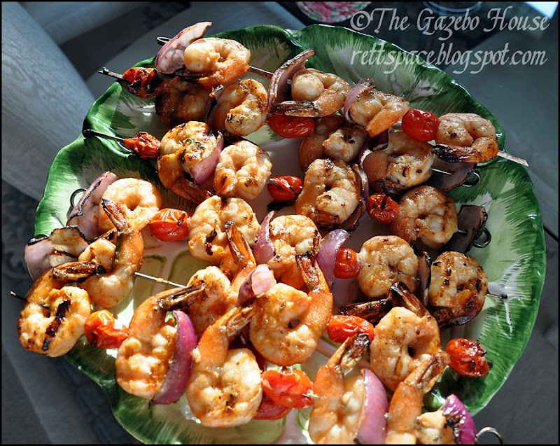 Grilled garlic shrimp & rice 005