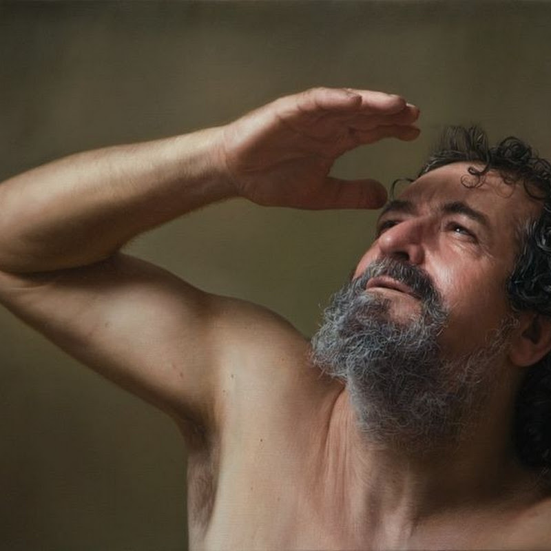 Javier Arizabalo's Photorealistic Paintings