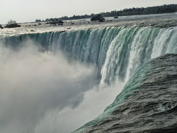 滝つぼアップ