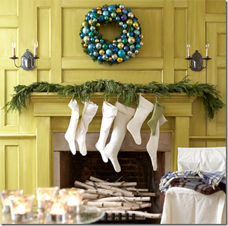 Mantel Aqua Wreath BHG nesters2.blogspot