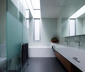 baño-blanco-minimalista