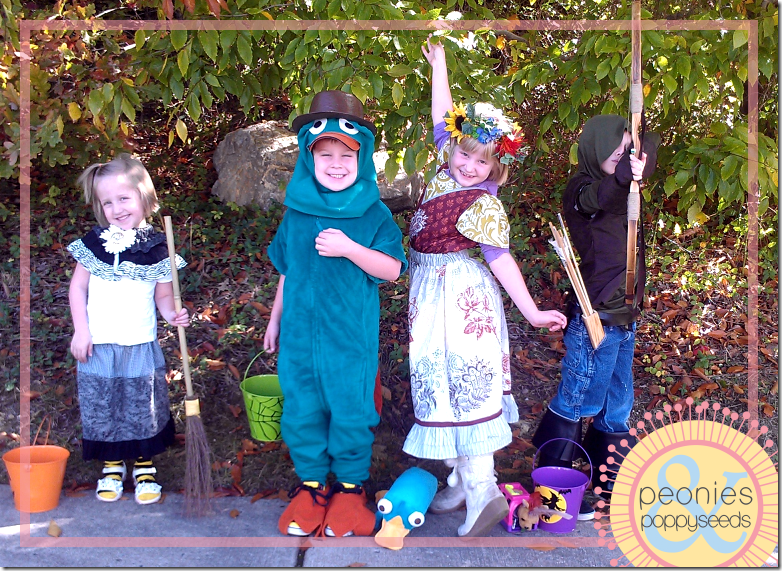 DIY Perry the Platypus Halloween costume group