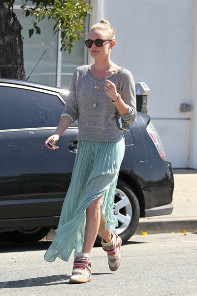 kate_bosworth_grey_hoodie_mint posh 24 com