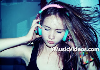 youtube musica Miley Cyrus – When I Look At You