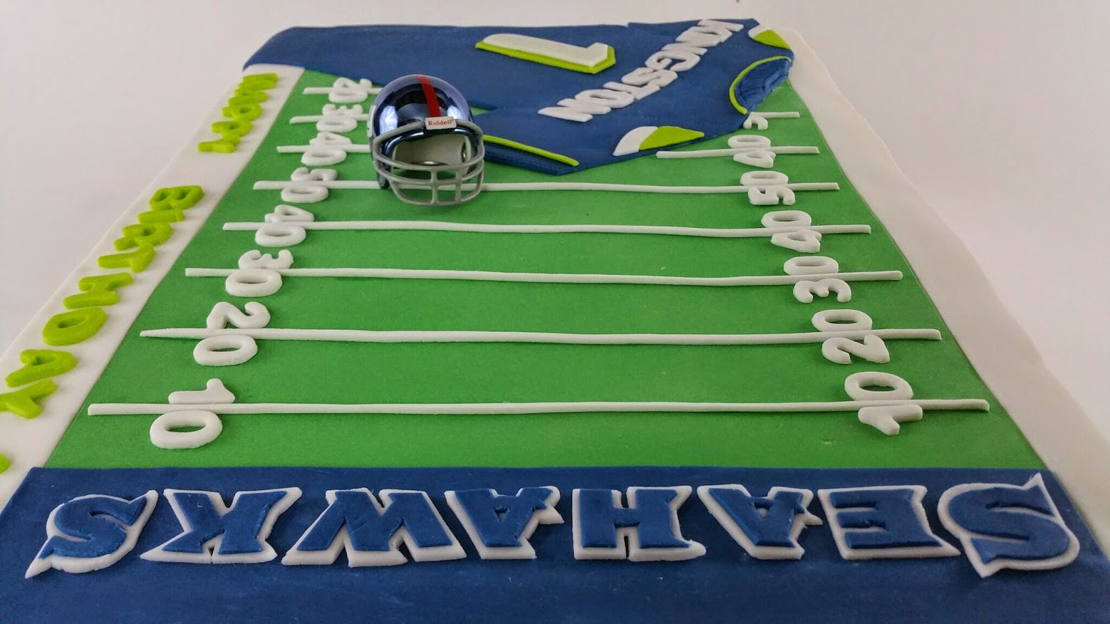 Seattle Seahawks Football Field Birthday Cake I Enjoyed Decorating This When Had Some Challenges