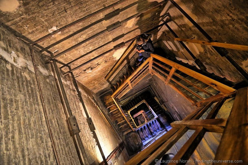 Descening Bologna Tower inside 2