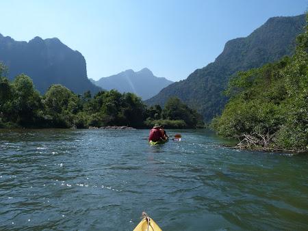 Imagini Laos: kaiak Vang Vieng