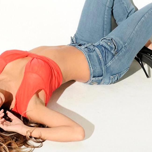 Catalina Otalvaro Ene2 Jeans Foto 13