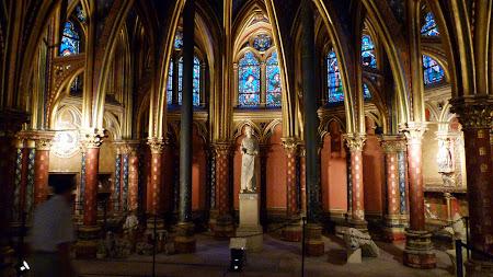 Obiective turistice Paris:  St. Chapelle