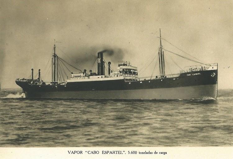 Vapor CABO ESPARTEL. Foto de un album original de los astilleros. Remitida por el Sr. Jose Mª Rekalde. Nuestro agradecimiento.jpg