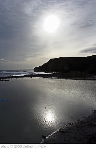 'Easington Beach' photo (c) 2006, Delmonti - license: http://creativecommons.org/licenses/by/2.0/