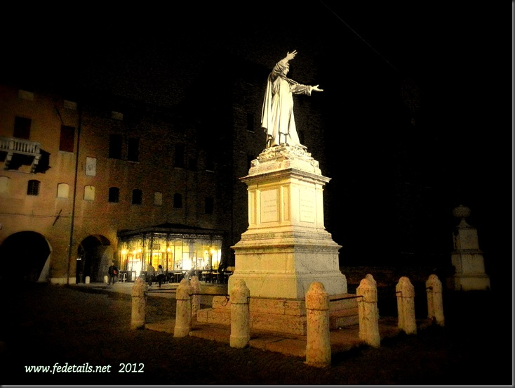 Piazza Savonarola by night 1, Ferrara, Emilia Romagna, Italy - Property and Copyrights of www.fedetails.net