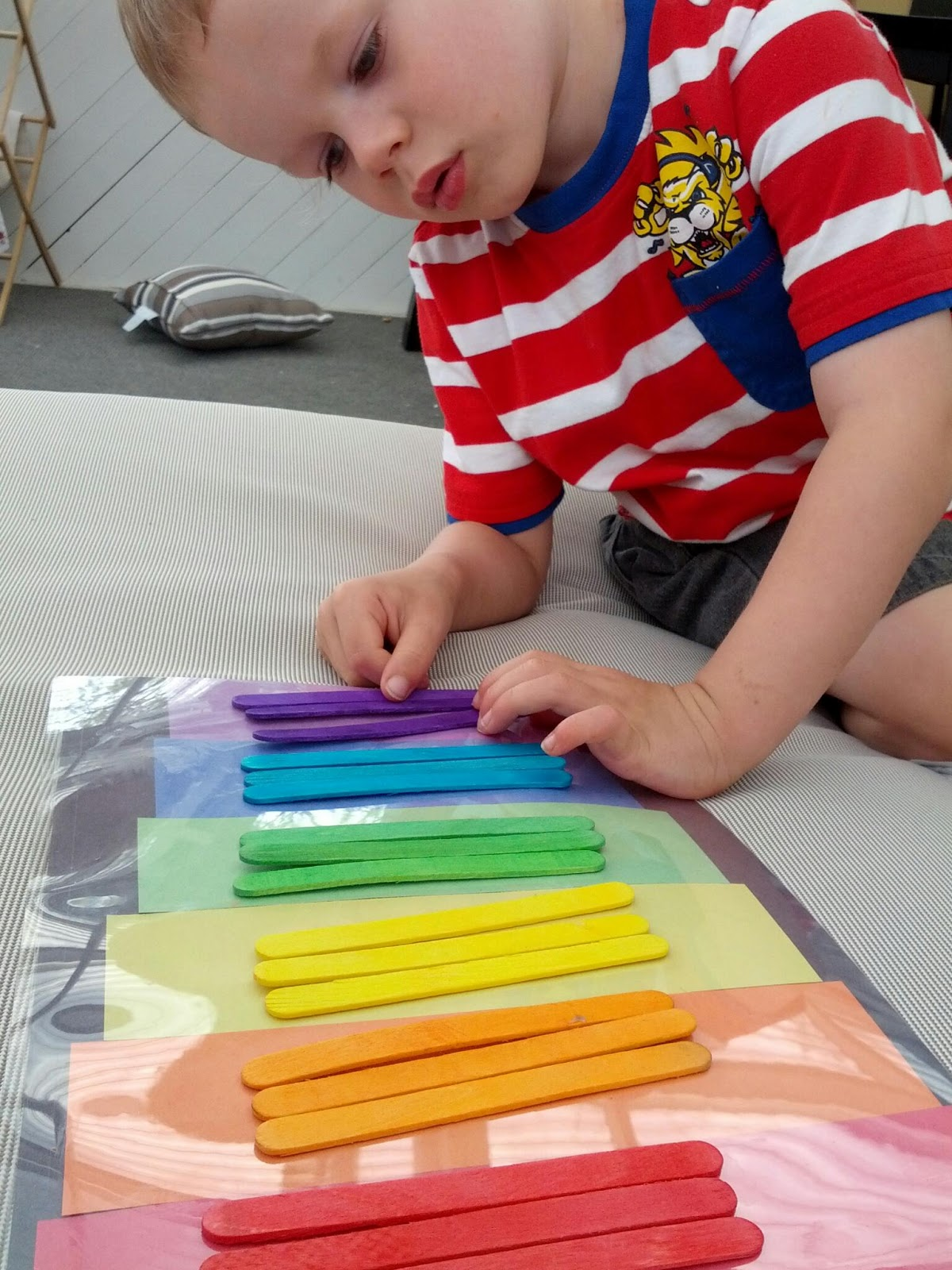 15 Simple Popsicle Stick Crafts For Kids To Make And Play ...