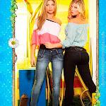 Angelica Jaramillo y Sofia Jaramillo Modelando D'Axxys Jeans Foto 35