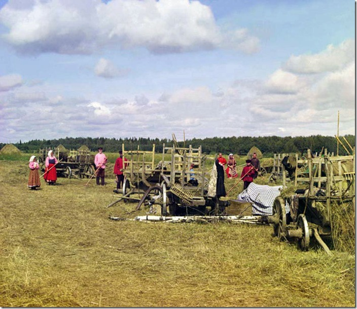 Haying-Near-the-Resting-Place-1909