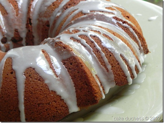 araby-spice-limoncello-bundt-cake-with-limocello-glaze-3