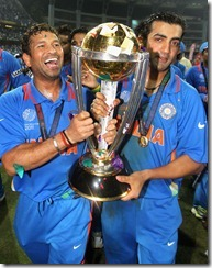 sachin-tendulkar_with_world_cup_2011