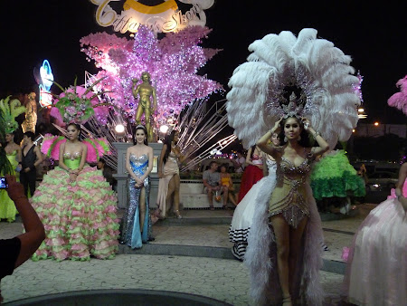 Transsexuali Thailanda: Tiffany's ladyboy show