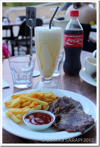AQUA'S CARAMEL THICKSHAKE & KIDS STEAK MEAL© BUSOG! SARAP! 2012
