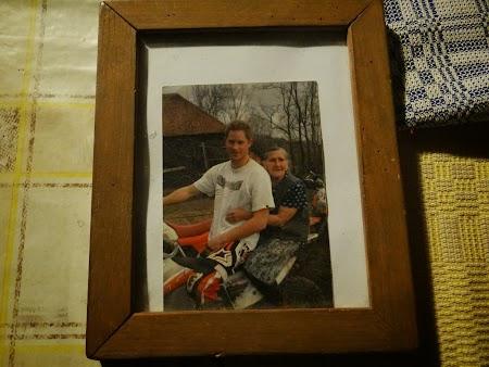 23. Printul Henry pe motocicleta.JPG