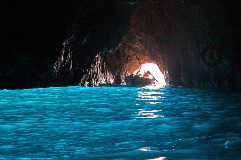 blue-grotto-2