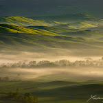Tuscany_sunrise_by_XavierJamonet.jpg
