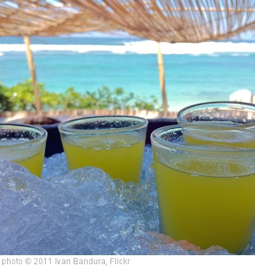 'Ice cold drinks by the beach' photo (c) 2011, Ivan Bandura - license: http://creativecommons.org/licenses/by/2.0/