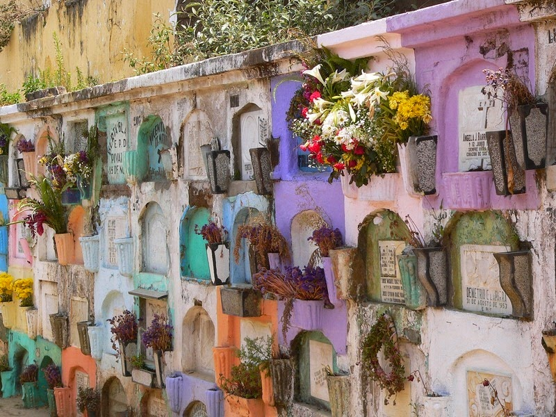 The Colorful Cemeteries of Guatemala | Amusing Planet
