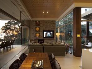 Moderna casa muro de piedra vista