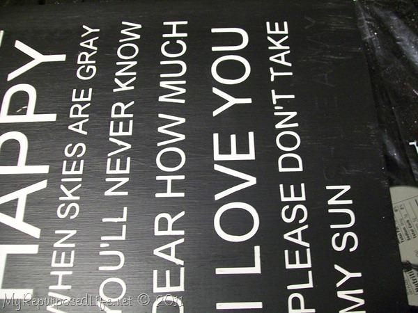 pick vinyl stenciled sign