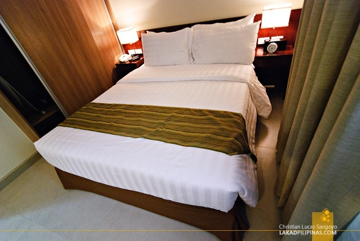 Master's Bedroom at Baguio City's Azalea Residences