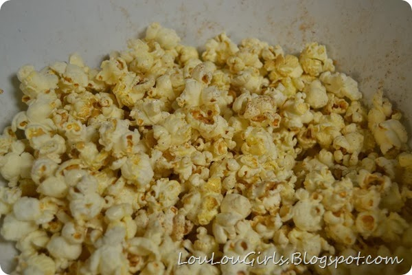 Air-popped-cinnamon-coconut-popcorn (2)