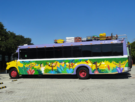 Vacanta Mexic: Autobuz in playa