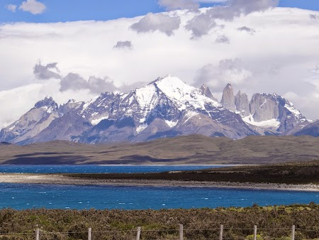 11. Apa de la Torres del Paine.JPG