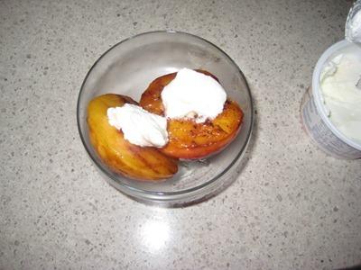 peaches 073