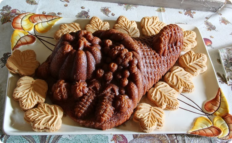Thanksgiving Cake-Bargain Decorating with Laurie
