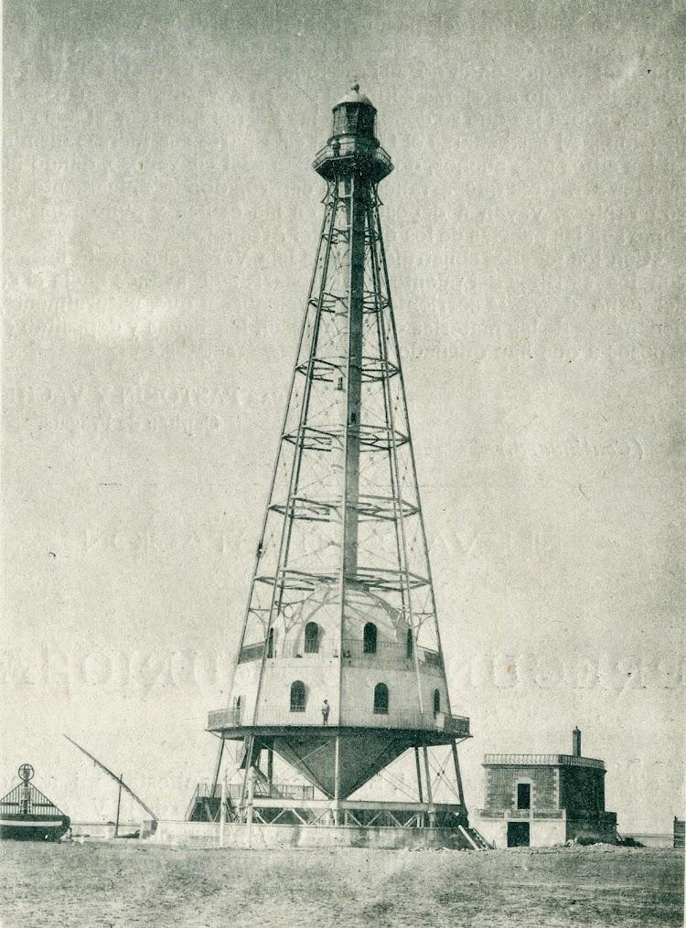 El faro de Buda. Fotografia de la revista El Mundo Naval Ilustrado de 1.897.JPG