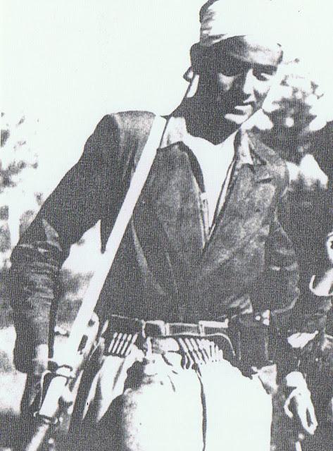 Ramón Mercader en el frente de Aragón.jpg