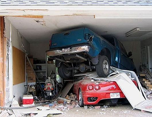 garage_accident
